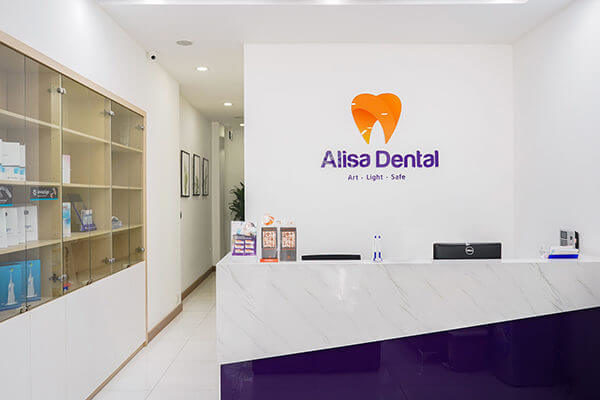 Trồng răng implant có đau không 5