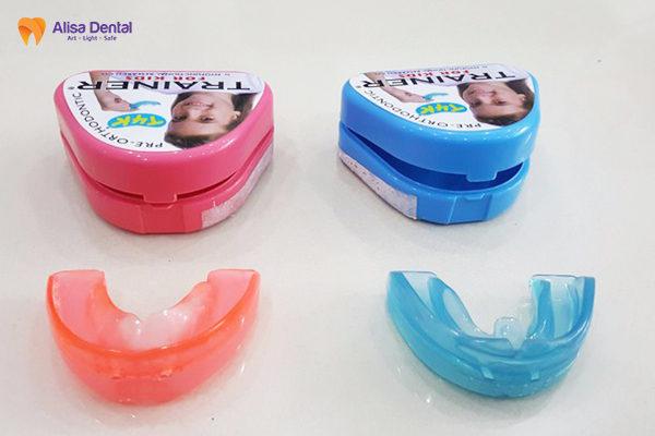 Tổng hợp thông tin hữu ích về phương pháp niềng răng trainer 2