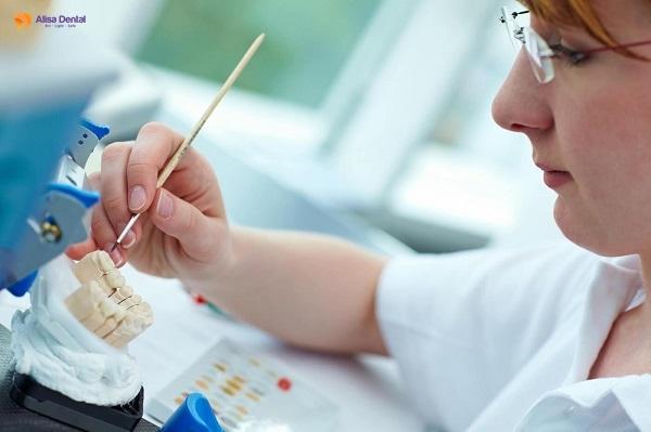 Bọc răng sứ mất bao lâu? - Giải pháp nào rút ngắn thời gian hiệu quả? 3