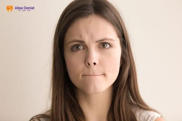mẹo chữa răng vẩu 2