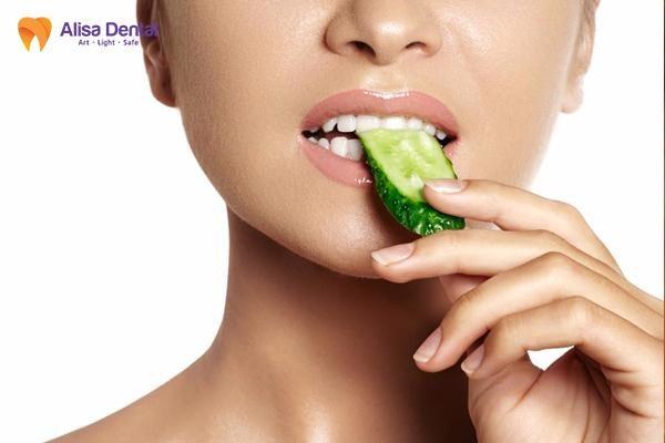 Răng sứ Emax 3