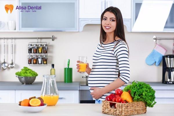 Tẩy trắng răng khi mang thai 3
