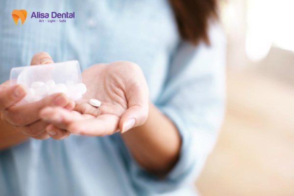 Cách chăm sóc răng sứ 6