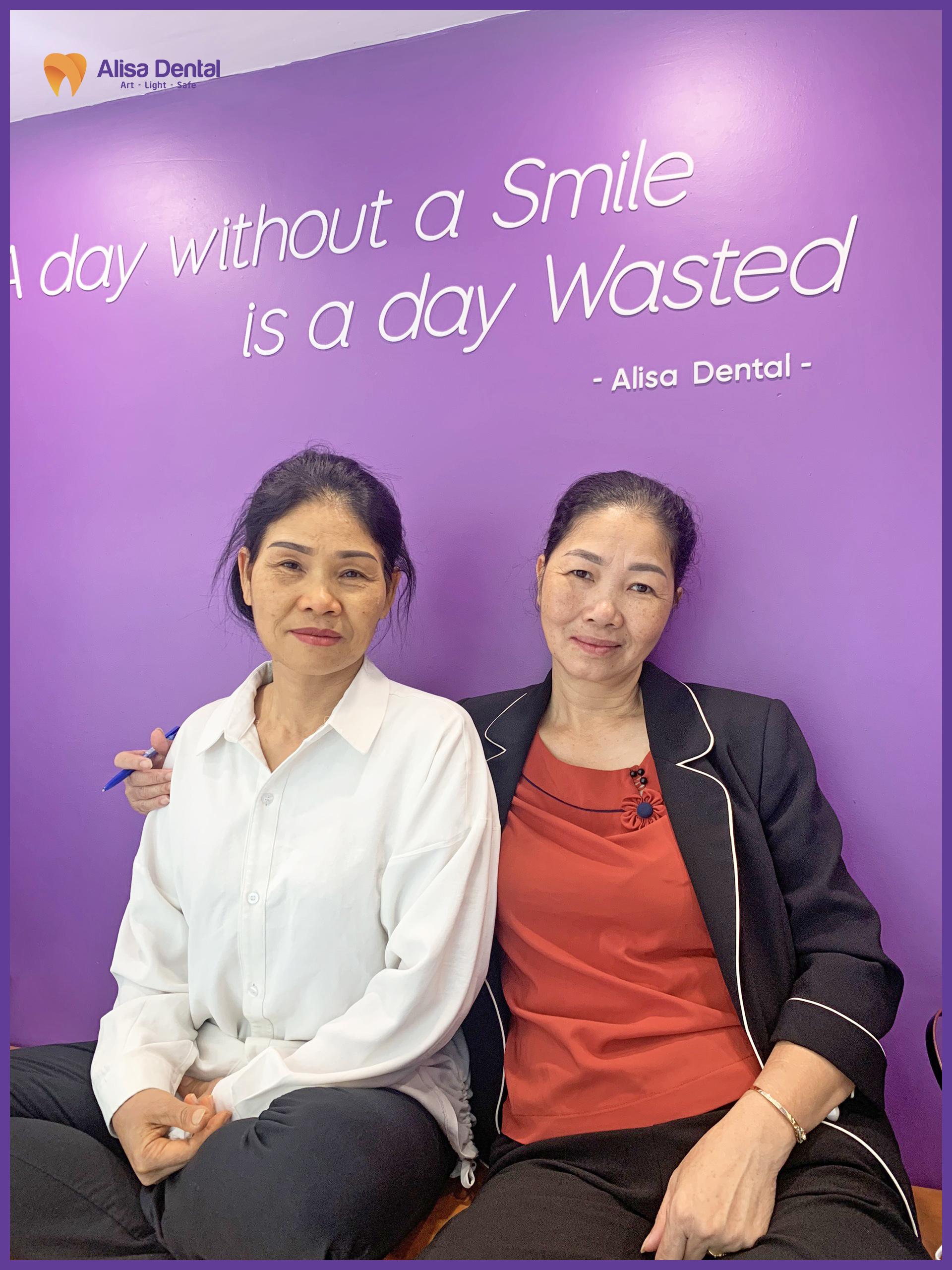 Cô Nguyệt trồng răng tại nha khoa Alisa